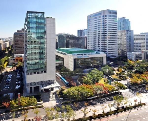 서울 여의도에 위치한 한국거래소 서울사옥 전경. 사진=한국거래소